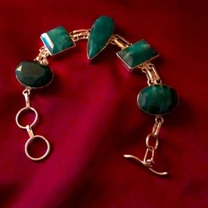 Jewelry - Gorgeous natural emerald bracelet.